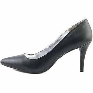 143 Girl Owanda Pointed Toe Black Heels